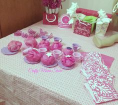 Crafty Moms Share: DIY American Girl Doll Themed Birthday Party with Free Printables