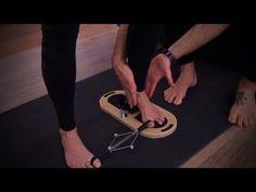 Anti Hallux Valgus Training im Pilates Zentrum TVA . Pilates Training, Fitness, Trainers, Youtube, Sandals, Bunion, Goal, Health, Tennis