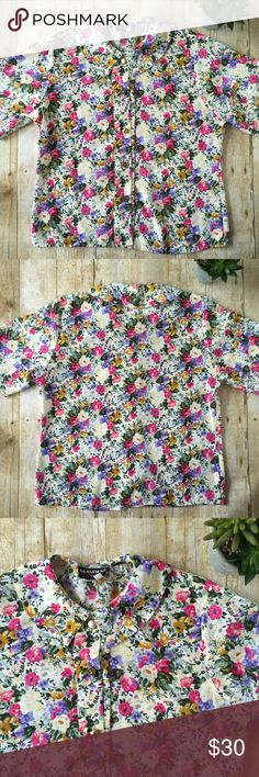"""Vintage Floral Peter Pan Collar Blouse In excellent vintage condition.  100% polyester.  Laying flat, measures about 20"""" across bust and 23"""" from top of shoulder to bottom hem. Vintage Tops Blouses"""