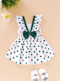 Baby Girl Dresses Diy, Baby Girl Frocks, Frocks For Girls, Little Girl Outfits, Little Girl Fashion, Baby Girls, Baby Frocks Designs, Kids Frocks Design, Baby Girl Frock Design