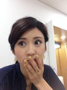 """違う! """"@masa0009: 玉子?   RT @w_saori: もぐもぐ。朝おにぎりしてます。何味でしょうか?かなりマイナーです。ZIP!が始まるまでに当ててください! """""""