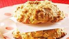 Biscuits tendres à l'avoine et aux trois fruits Low Carb Recipes, Vegan Recipes, Enjoy Your Meal, Sourdough Bread, Mushroom Recipes, Quick Bread, Apple Pie, Banana Bread, Stuffed Mushrooms