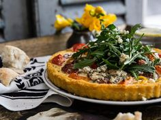 Ricotta, Tomato and Rocket Tart Recipe - This polenta tart is perfect to whip up as a quick lunch dish Polenta Recipes, Tart Recipes, Dip Recipes, Fodmap Recipes, Cheese Recipes, Vegetarian Main Course, Best Vegetarian Recipes, Vegetarian Meals, Avocado Dip