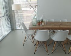 Gietvloer eetkamer Amsterdam #floor #gietvloer #dining #Amsterdam #interieur #hout #styling