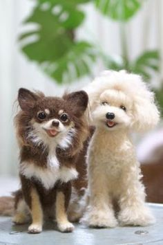 Midofelt - needle felting artiste! (Those look amazingly real! Did a double take!)