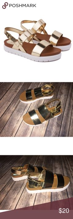 "New ✨ Gold Double Band Flatform Sandal ‪Strappy Flat Gold‬ Sandals For The Minimalist Girl ‬ This flatform sandal features an open toe silhouette, double wide bands across vamp, lug sole, lightly cushioned insole, and adjustable ankle strap with side buckle fastening.  Material: Vegan Patent Leather (man-made) Heel Height: 1.35"" w/ 1.25"" Platform (approx)                      Sole: Treaded - New without tags!  - Shoes have only been tried on BAMBOO Shoes Sandals"