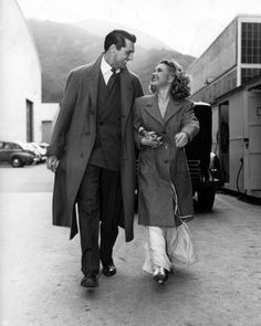 cosmosonic:  Cary Grant and Priscilla Lane