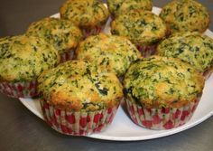 Spinach and Parmesan Muffins Norali Recipe – Muffins Veggie Recipes, Baby Food Recipes, Vegetarian Recipes, Cooking Recipes, Healthy Recipes, Tapas, Mini Cake Sale, Fatayer, Comidas Light