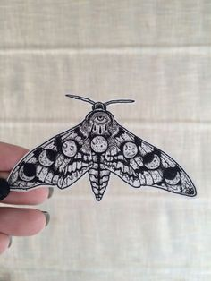 #moth #moonphases #eye #tattoo.... yas exactly what I was looking for~