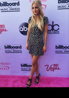 66 Best Celebrity dresses images  50d89efa8dda