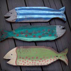 DIY - Pallet Wood Painted Fish