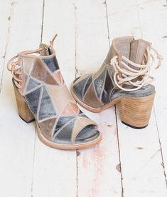 Freebird by Steven Bay Shoe - Women's Shoes in Blue Multi | Buckle