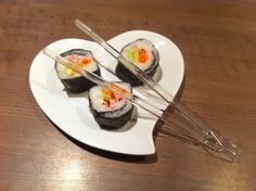 Maki-vegetarien / Les Food'amour Sushi, Fondue, Pudding, Tableware, Nouvel An, Kitchen, Desserts, Japanese Rice, Postres