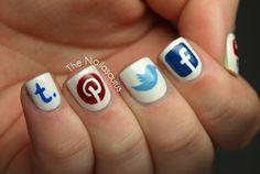 Social Media Nails!!! Awesomeness!! :D