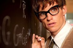 has confirmed that Eddie Redmayne will play Newt Scamander in the upcoming 'Fantastic Beasts and Where to Find Them'. Eddie Redmayne, Stephen Hawking, Netflix Movies To Watch, Sad Movies, Reto Mental, Thriller, Golden Globe Nominations, Sound Film, What Is Digital