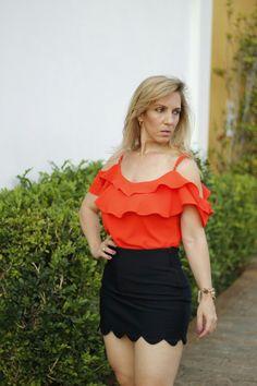 Boa tarde,  Meninas!!!  Que tal esta Blusa TG c/babado e alça + Shortinho nuvem.   #blusas #talgui #talguistore #shortsaia #moda #model #look #cute #beautiful #fashion #modafeminina #fashionwoman #ootd #modaparamulheres #itgirls #ootd #santóllomodas #modaparameninas