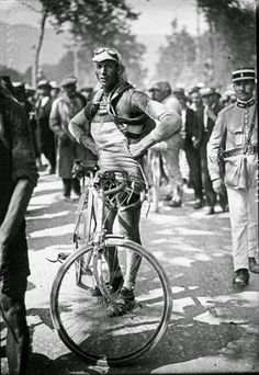 Tour de France, no date given. I'm guessing it may be 1910, but definitely taken prior to WWI.