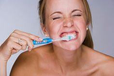 dientes cepillar mal aliento