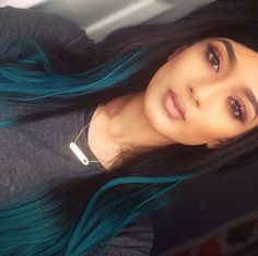 Hate Kylie Jenner but I so LOVE her hair.