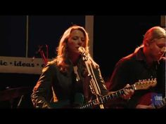 "Tedeschi Trucks Band - ""Don't Let Me Slide"" (eTown webisode 109)"