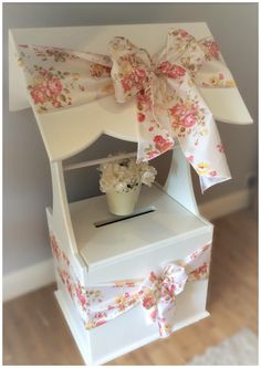 Wishing Well For Wedding Cards With Vintage Fl Sashes Available To Hire From Affinity Event Decorators Swansea And South Wales