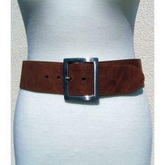 Breite Damengürtel rundgeschnitten