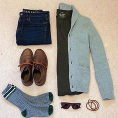 """3,556 Likes, 10 Comments - Michael Allen (@mallenpics) on Instagram: """"@drewsdrawers Cardigan/Henley/Jeans: @americaneagle #menshoes Chukka Boots: @clarksshoes…"""""""