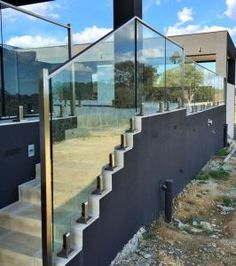 Frameless Glass Deck Balustrade / Stair Railing