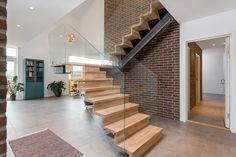 (2) FINN – Ny enebolig helt utenom det vanlige - NY i 2015 - Landlig - Eksklusivt - TG 0-1 på alle punkter Stairs, Vans, Real Estate, Home Decor, Stairway, Decoration Home, Room Decor, Van, Real Estates