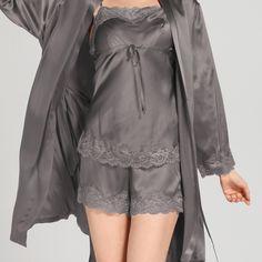 22 Momme Short Lacey Silk Camisole & Robe Set Sleepwear Women, Lingerie Sleepwear, Nightwear, Sexy Pajamas, Pyjamas, Lingerie Outfits, Women Lingerie, Night Gown Dress, Lace Bridal Robe