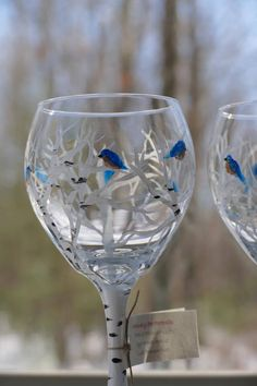 Hand painted glass, White birches, bluebirds, wine glass, trees by mainelypetportraits on Etsy https://www.etsy.com/listing/563617571/hand-painted-glass-white-birches