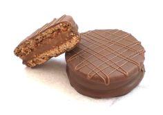 Alfajor era um doce muito popular na Espanha e que ganhou os países de origem espanhola na América Latina, principalmente a Argentina, que é o maior fabric