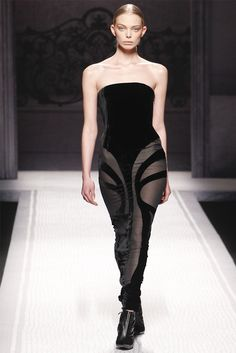 Tanya Dziahileva at Alberta FerrettiFW12 Fall Fashion Week, Milano Fashion Week, Autumn Fashion, Runway Fashion, Fashion Show, Milan Fashion, Women's Fashion, Tanya Dziahileva, Couture Tops