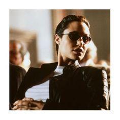 Angelina Jolie in Lara Croft: Tomb Raider - http://www.newmovieshouse.com/2001/Lara-Croft-Tomb-Raider/