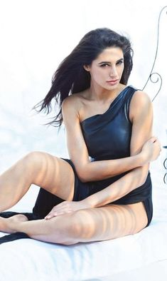 Nargis Fakhri is a famous American Actress who works in Bollywood Movies. Read Latest Information About Nargist Fakhri Like Age, Movies, Boyfriends, Husband & Hollywood Actresses, Indian Actresses, Hot Actresses, Celebrity Biographies, Next Top Model, Famous Celebrities, Bollywood Actors, American Actress, Pretty Woman