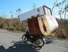 Who Needs a Moving Truck? - Funny WTF Pictures gathered from the farthest corners of the internet for the sole purpose of making you laugh. Moving House Quotes, Long Distance Moving Companies, Trains, Commercial Movers, Pilot Car, Junk Removal, Motorcycle Camping, Moving And Storage, Self Storage
