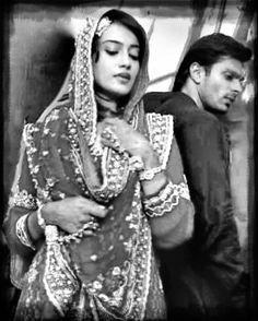"""Asad and Zoya aka AsYa"" QUBOOL HAI! Karan Singh Grover/Surbhi Jyoti"