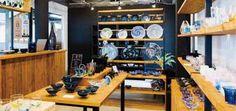 沖縄 ギャラリー  製塩工場の見学や塩作り体験が楽しめる「Gala(ガラ)青い海」内にある、ガラス工房「グラスアート青い風」が、ギャラリーをリニューアルしました。
