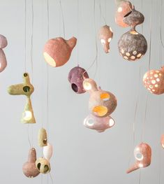 The pastel-hued lighting collection, called You See a Sheep, comprises a series of amorphous pendant lights and vases inspired by phantasmagorical concepts. Ceramic Clay, Ceramic Pottery, Slab Pottery, Ceramic Bowls, Ceramic Lamps, Cool Lighting, Lighting Design, Lighting Concepts, Floating Lights