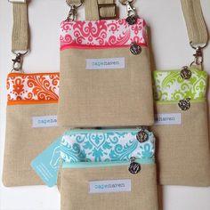 Lovely cross body bags made with Riley Blake Damask fabrics #iloverileyblake #fabricismyfun