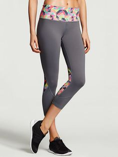 Second skin fit, sexiest butt ever. The VS Knockout Capri Pant from Victoria's Secret flaunts the same body-loving fit and ultra-stretchy fabric of our cute crop, for maximum movement and style. Get a runway body in performance workout gear from VSX Sport.