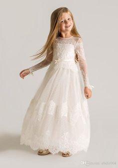 Vintage 2015 White Ivory Lace Long Sleeve Little Girls Pageant Dresses Crew Neckline Zipper Back Bow Floor-Length Flower Girl Dresses