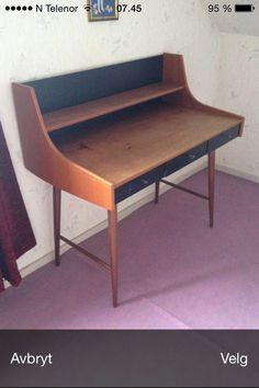 Skrivepult Ola | FINN.no Retro Furniture, Teak, Corner Desk, Dining Bench, Home Decor, Crate, Corner Table, Decoration Home, Table Bench