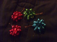 Holiday Bow Hair Pin by AngelAccents89 on Etsy, $0.25