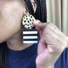 Cheetah, Dangles, Rings For Men, Polka Dots, Outfit, Outfits, Men Rings, Polka Dot, Kleding