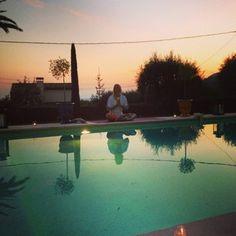 Yoga and wine -ilta Vencessa, Etelä-Ranskassa. Of My Life, Golf Courses, France, Yoga, Wine, Pictures, Photos, Grimm, French