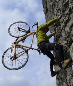 as if cyclocross wasn't insane enough to begin with, me gustaria que los deportes extremos fueran mi modo de vida