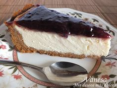 Tarta de queso con leche condesada Cheesecake Recipes, Pie Recipes, Sweet Recipes, Cheesecakes, Yummy Cakes, Deli, Food And Drink, Yummy Food, Sweets