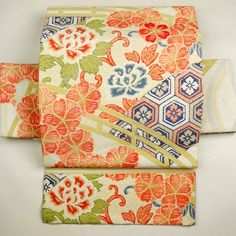 Beige, silk nagoya obi / アンティーク。【名古屋帯】正絹/ベージュ色地/橋に花唐草と桜柄/全通/九寸 【リサイクル着物 きもの リサイクル アンティーク 通販 中古 古着】 http://www.rakuten.co.jp/aiyama #Kimono #Japan #aiyamamotoya