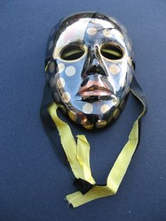 SOLID BRASS MASK DOTS VINTAGE WALL HANGING DECORATION